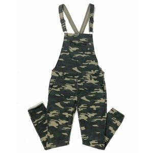 Forever 21 camouflage overalls green women's sz 29